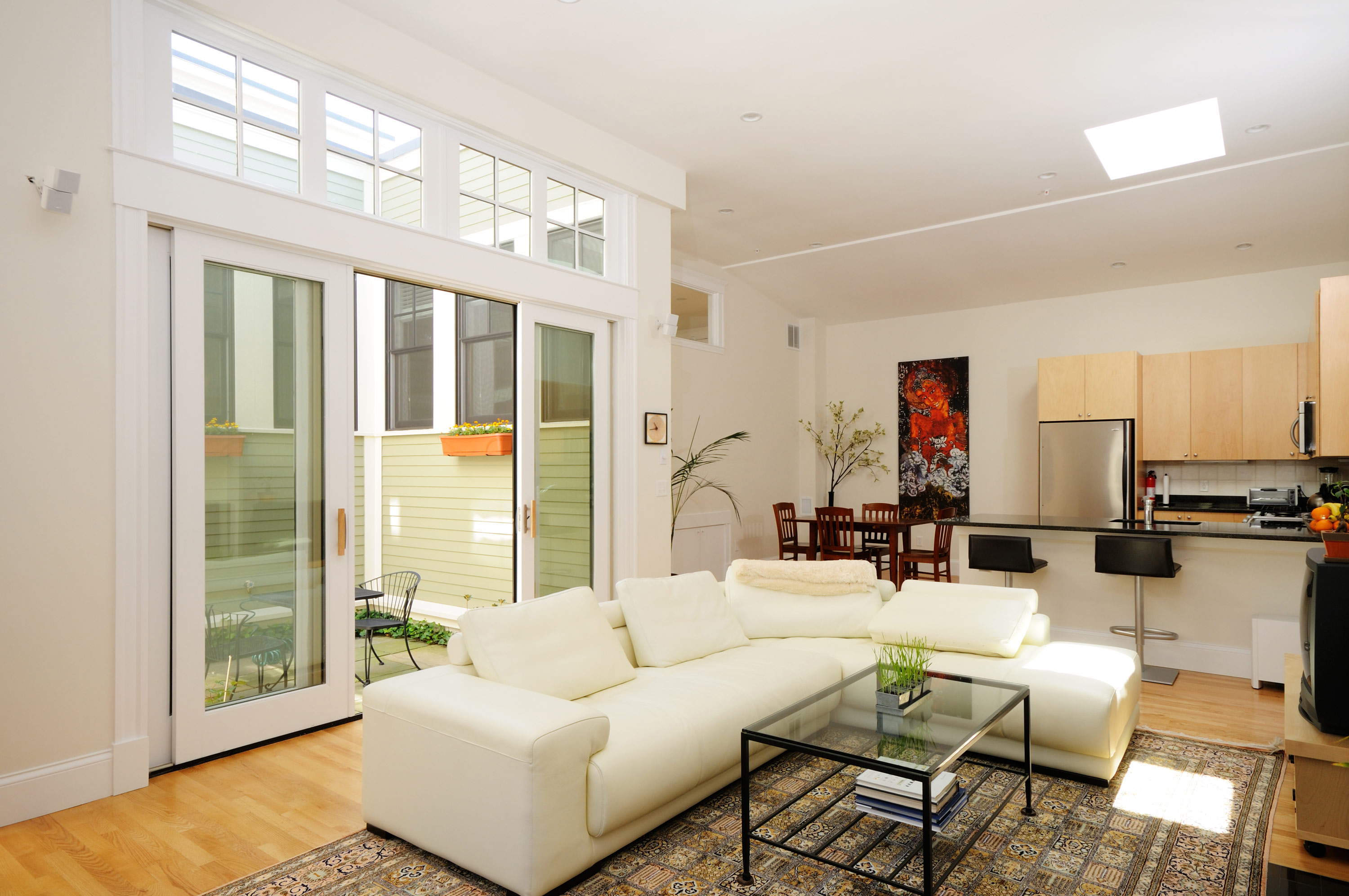 Spacious Living with 9' ceilings and 6' large patio sliders