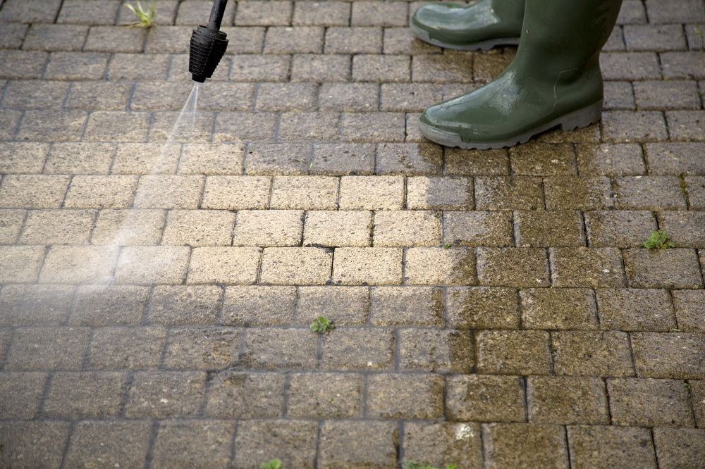 Asphalt or Interlock is Better for Your Driveway?